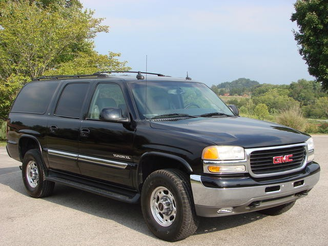 2003 gmc yukon xl information and photos momentcar. Black Bedroom Furniture Sets. Home Design Ideas