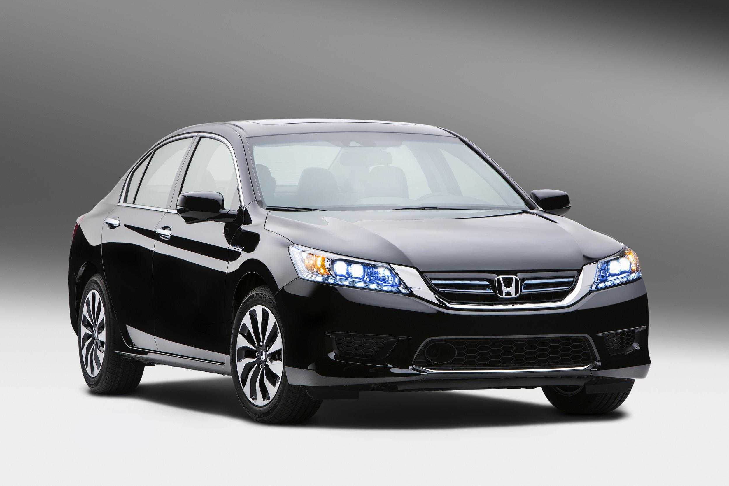 Honda Accord Hybrid #29