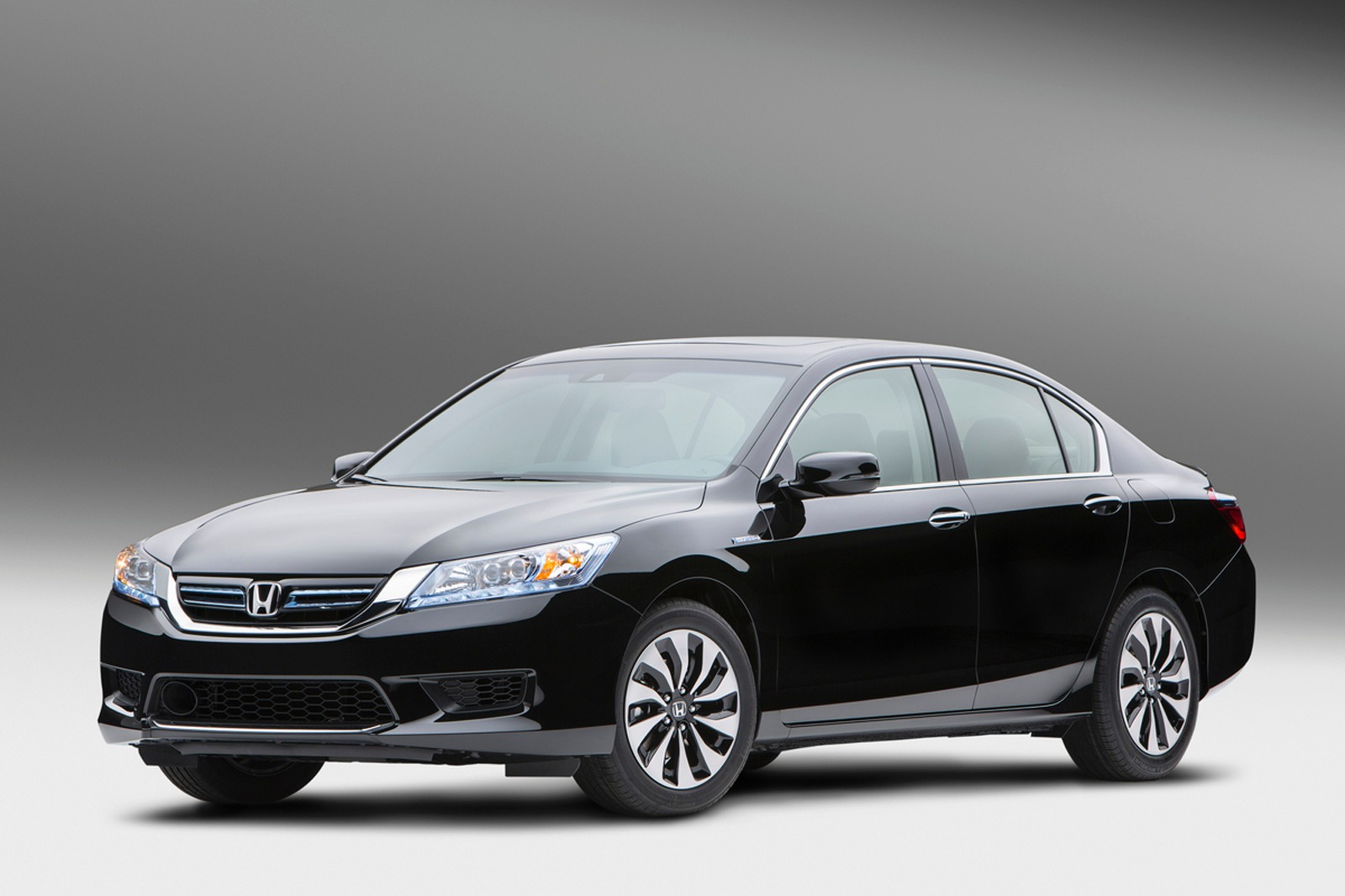 Honda Accord Hybrid #30