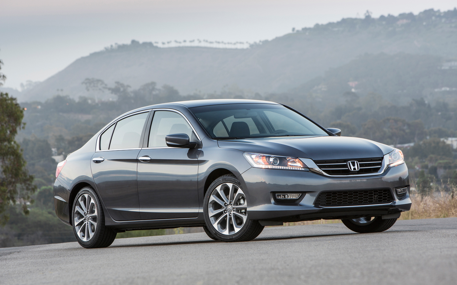 Honda Accord Sport #11