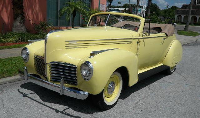1940 Hudson DeLuxe - Information and photos - MOMENTcar