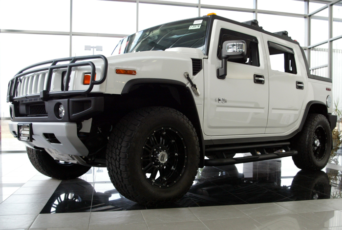 2009 HUMMER H2 SUT - Information and photos - MOMENTcar