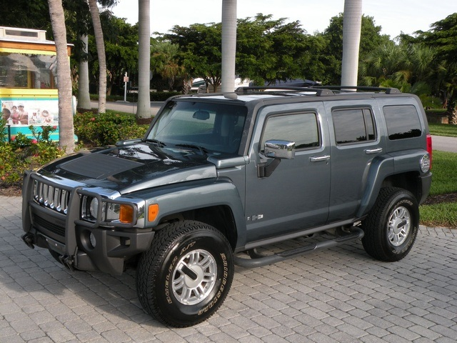 2006 Hummer H3 - Information And Photos