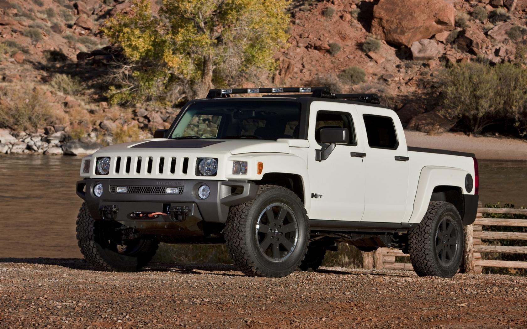 Hummer h3t information and photos momentcar hummer h3t 6 hummer h3t 6 vanachro Gallery