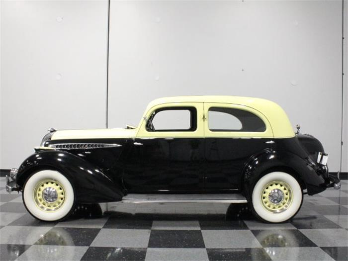 Hupmobile Series 618-D #12