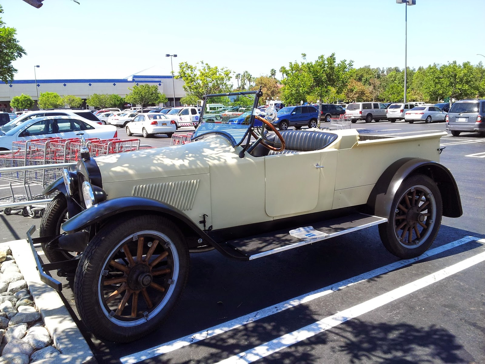 Hupmobile Series C-221 #2