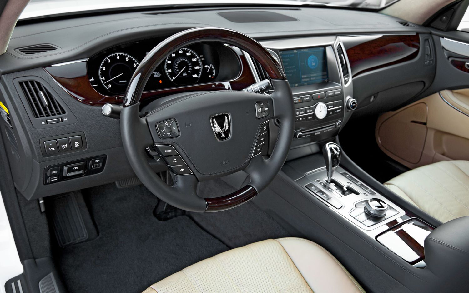 Hyundai Equus Ultimate #4