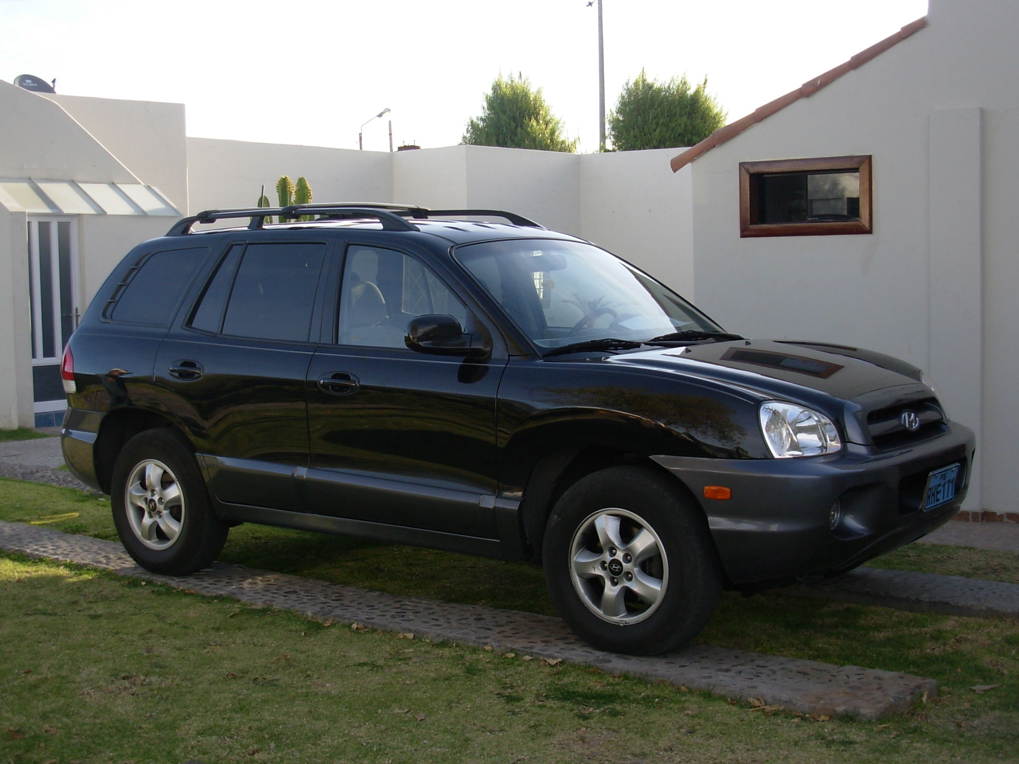Amazing Download Hyundai Santa Fe 2005 1