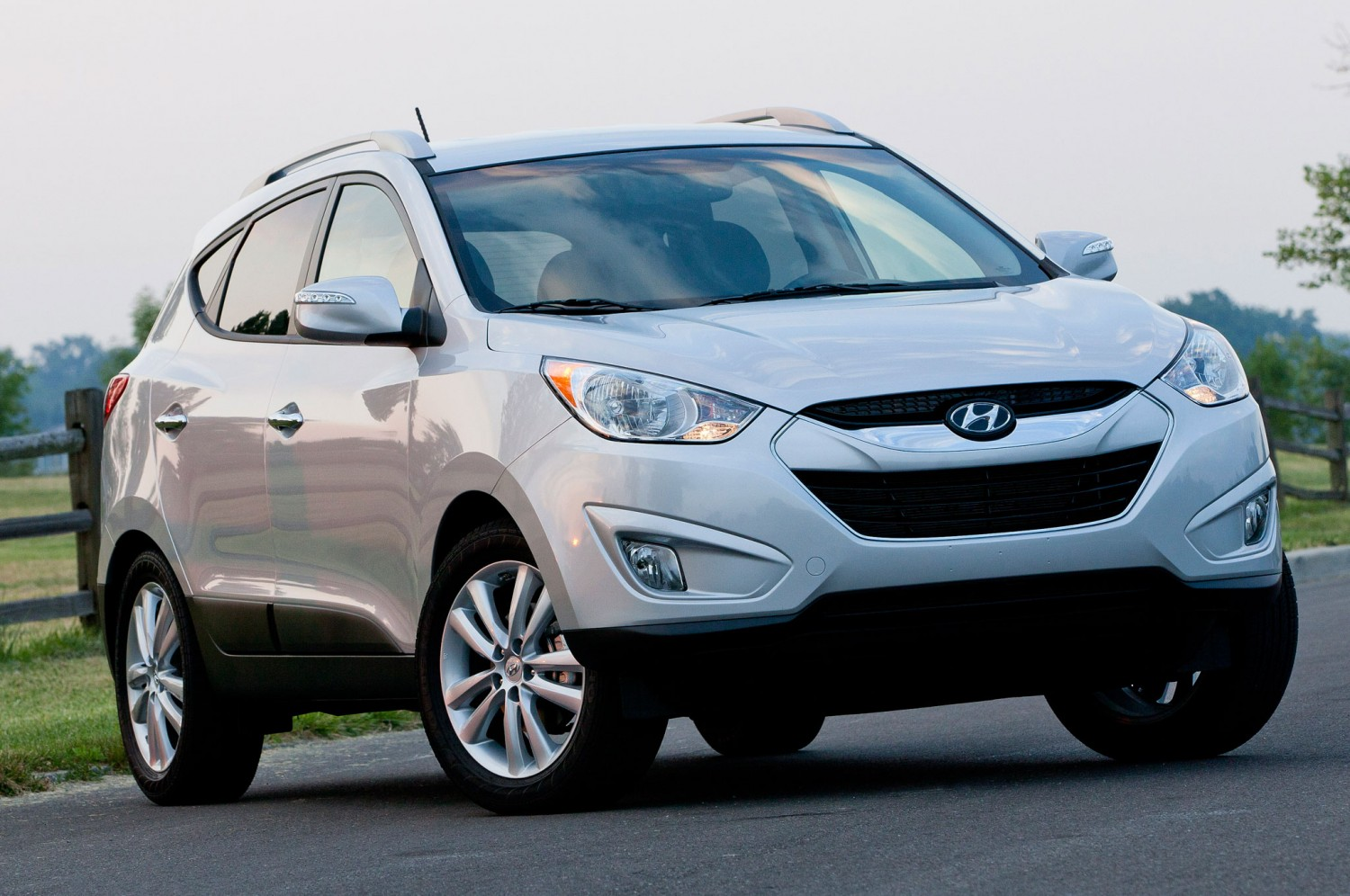 2014 hyundai tucson information and photos momentcar. Black Bedroom Furniture Sets. Home Design Ideas