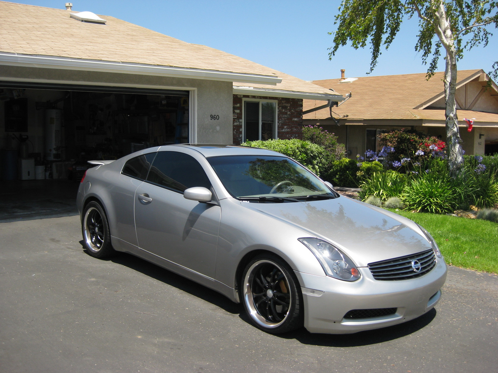 2004 infiniti g35 information and photos momentcar. Black Bedroom Furniture Sets. Home Design Ideas