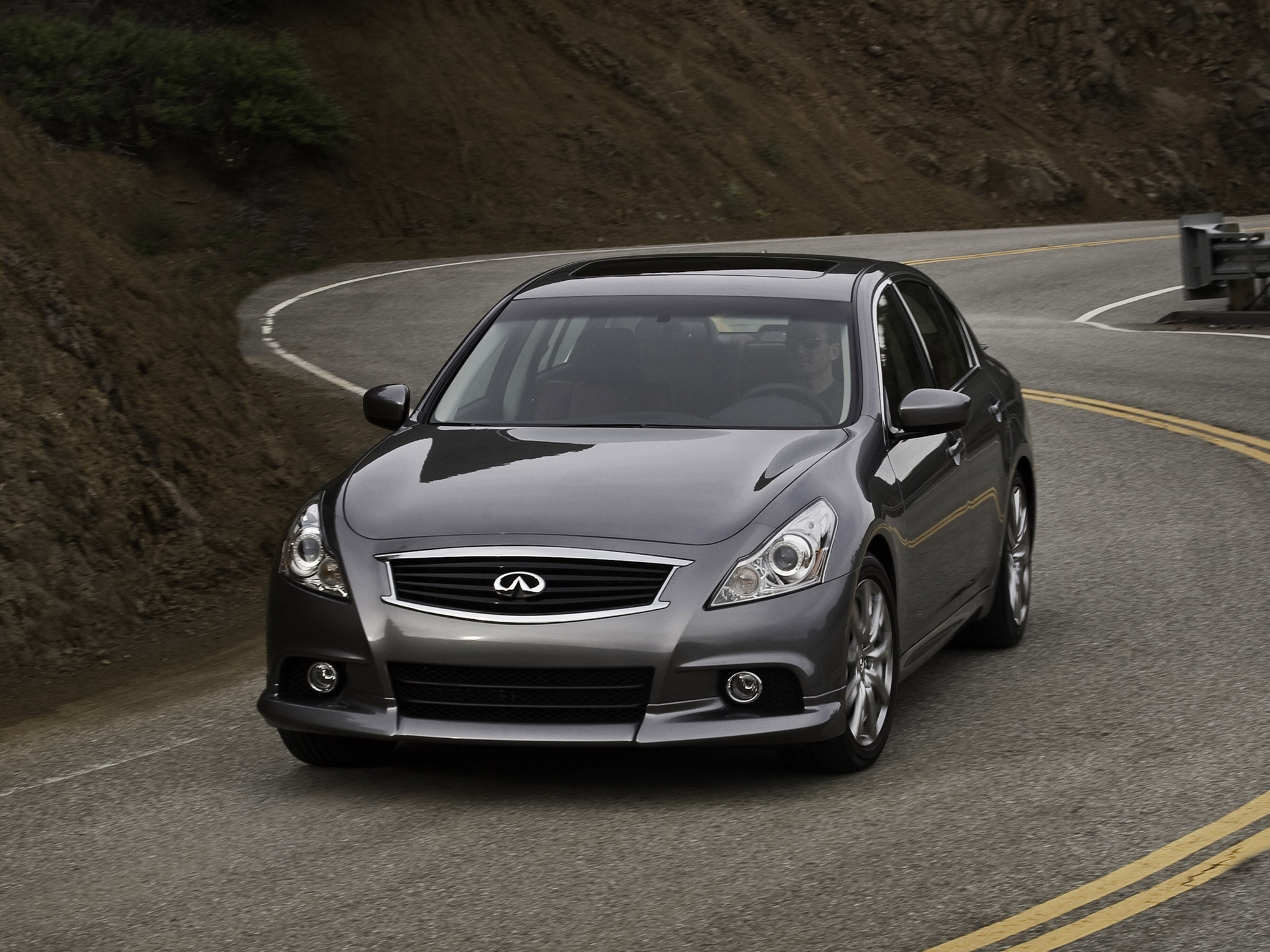 2010 infiniti g37 sedan information and photos momentcar. Black Bedroom Furniture Sets. Home Design Ideas