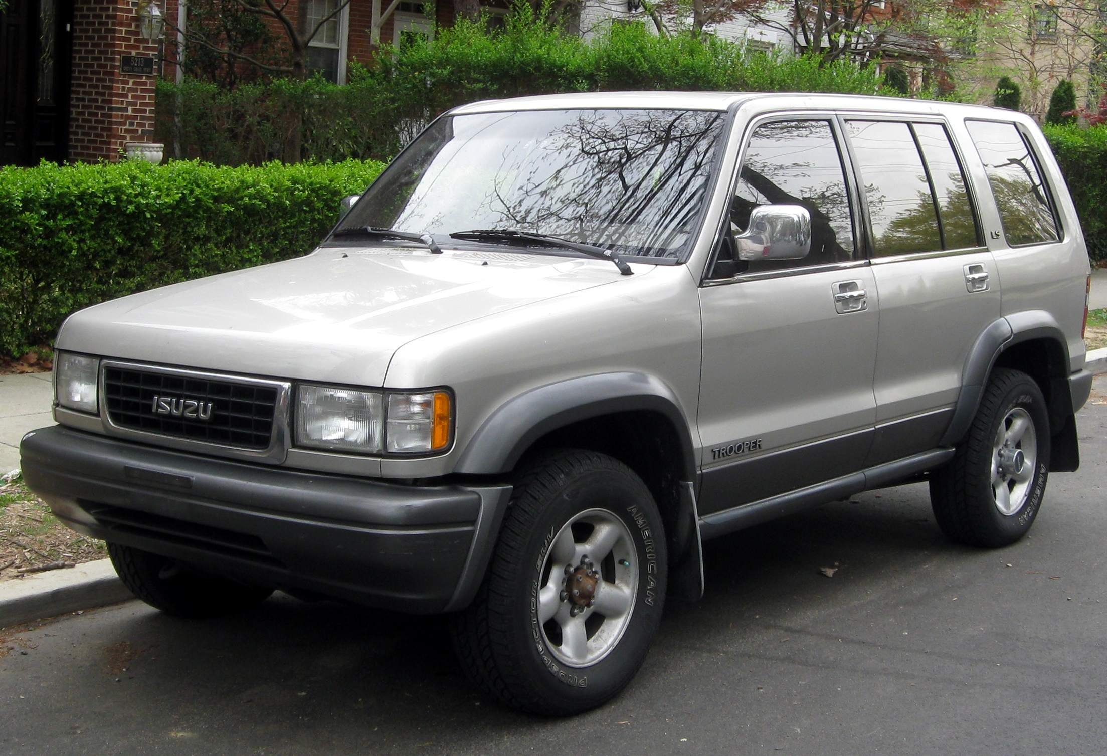 1995 isuzu trooper information and photos momentcar