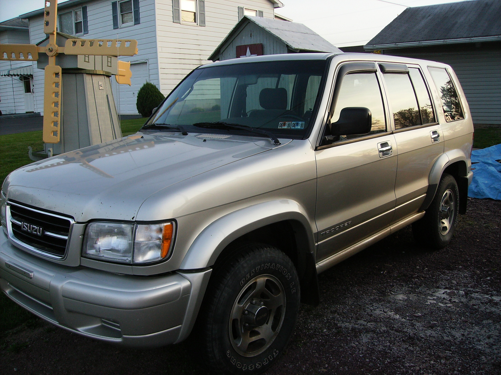 Isuzu Trooper 2000 #9