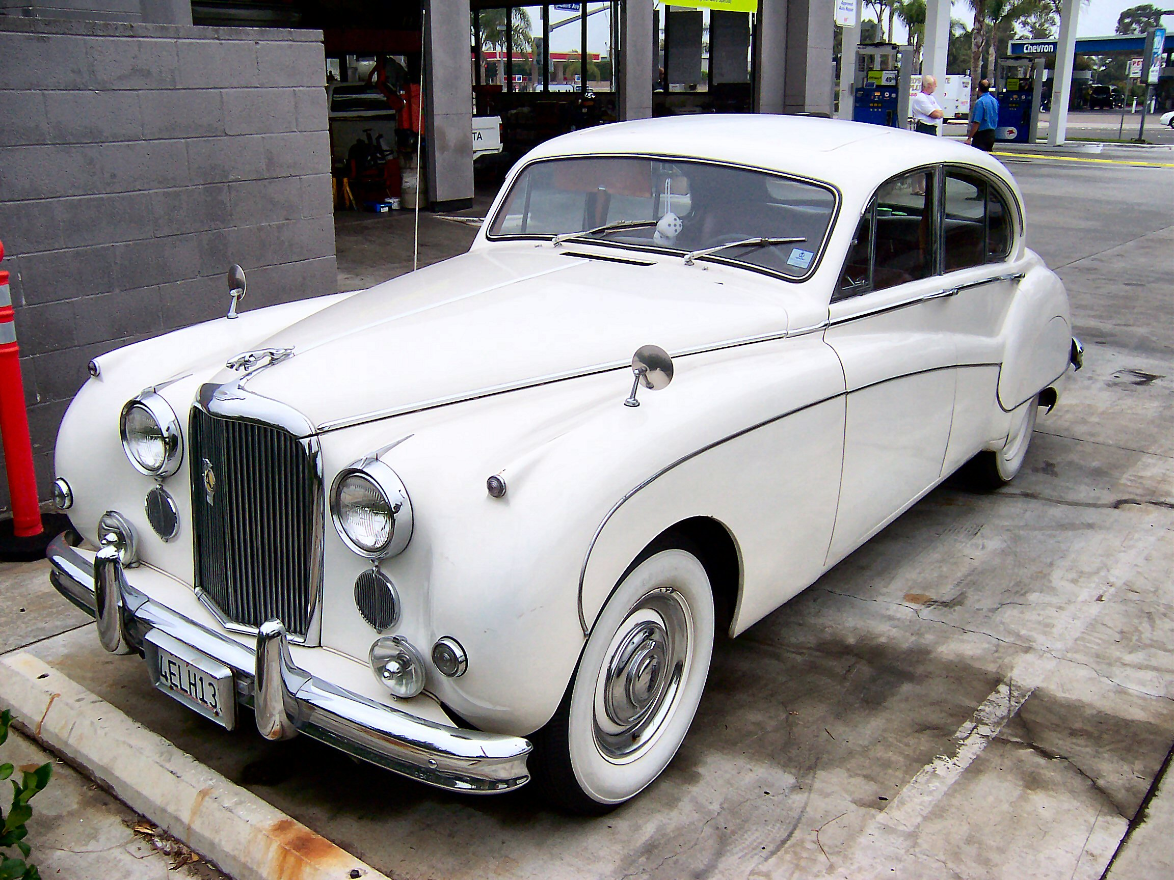 Jaguar Mark VII #13