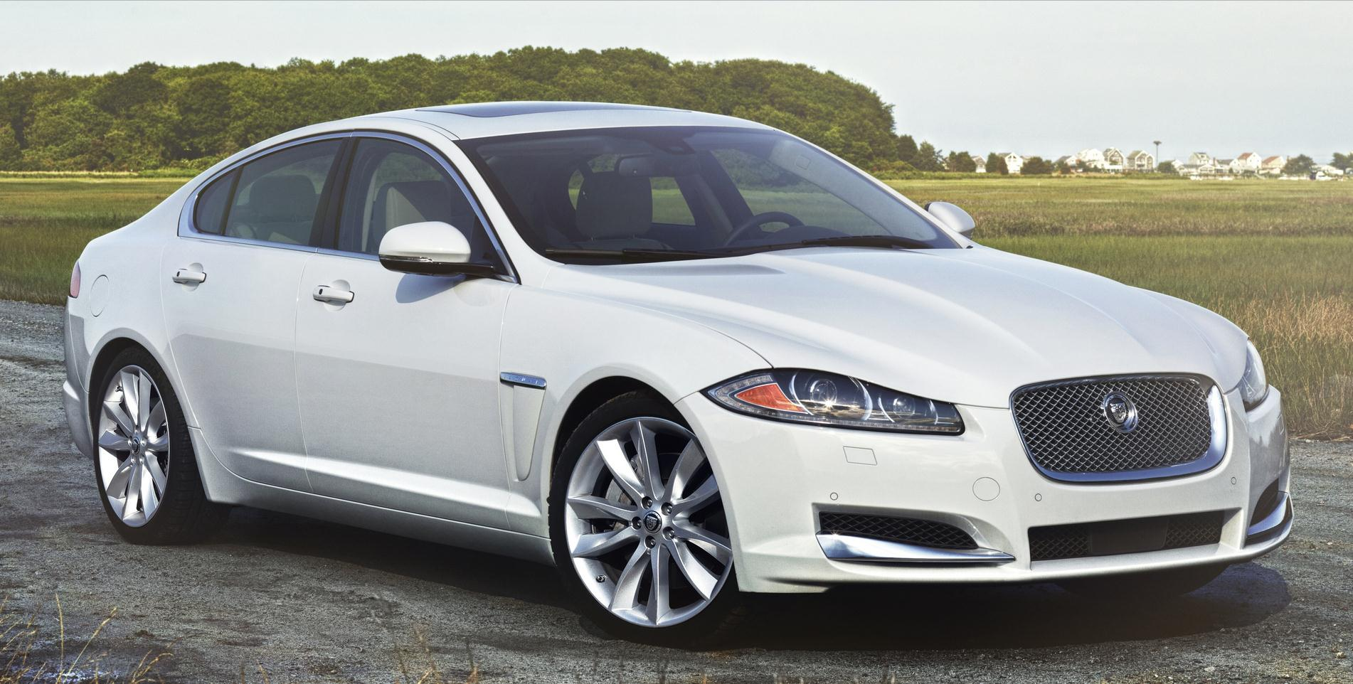 Jaguar XF Luxury #15