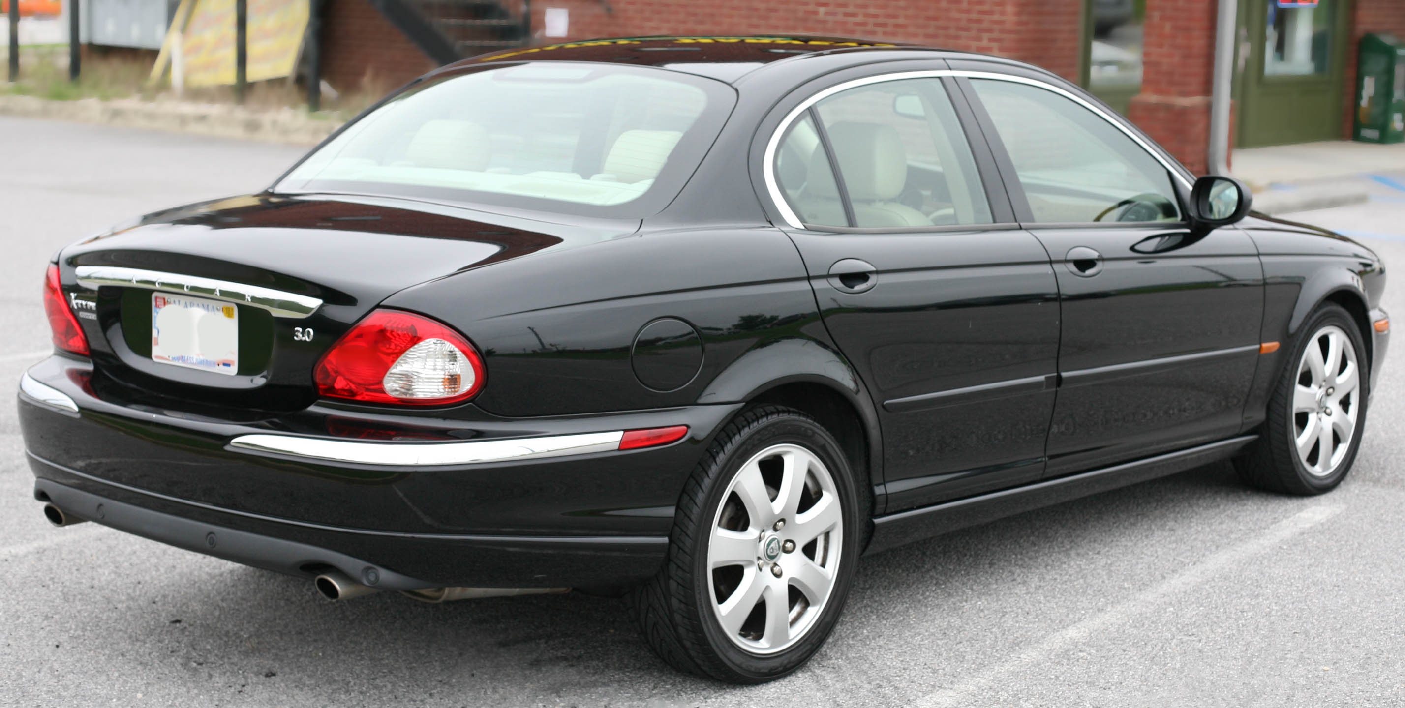 2004 Jaguar X-type - Information And Photos
