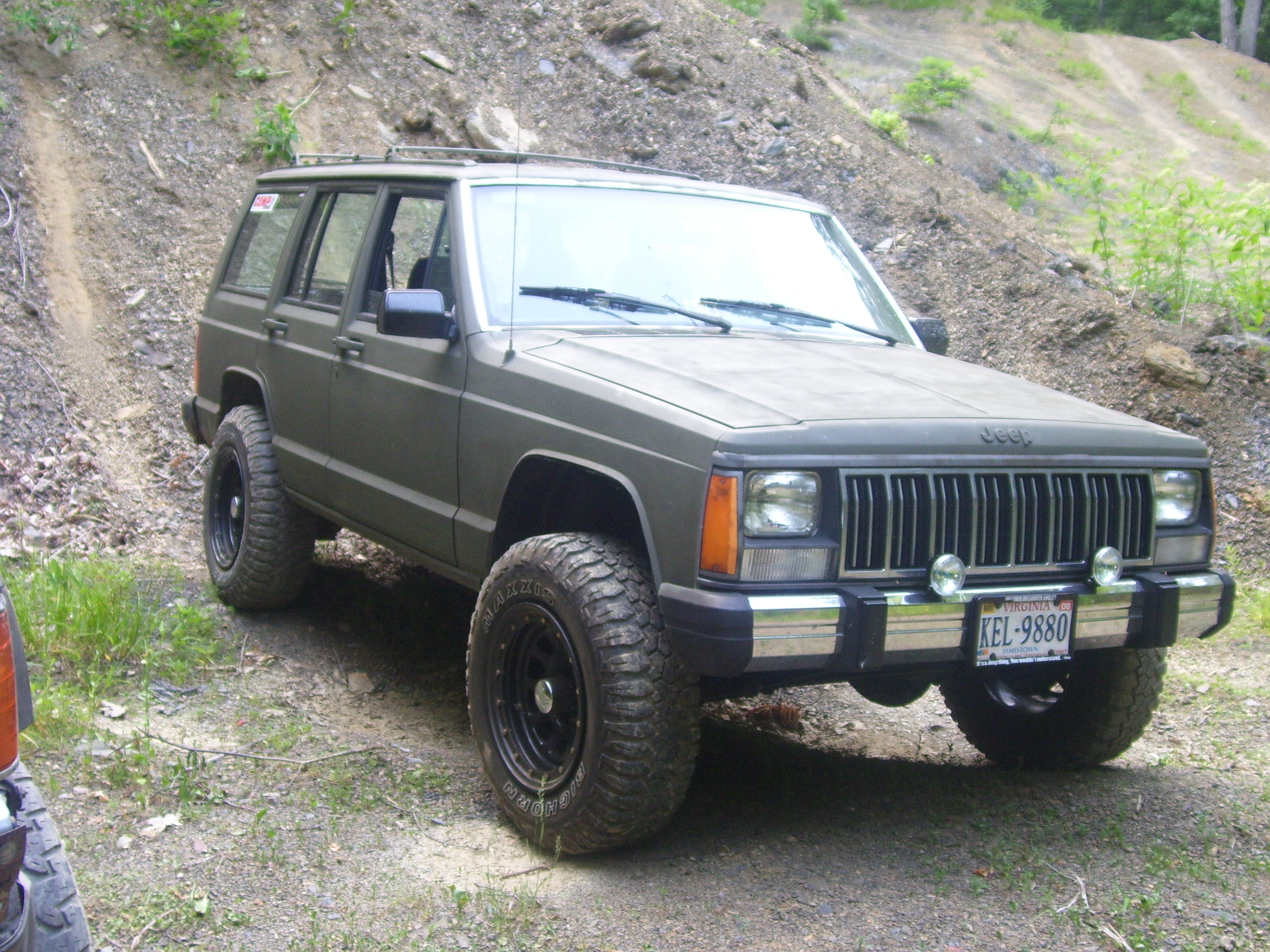 1989 jeep cherokee   information and photos   momentcar