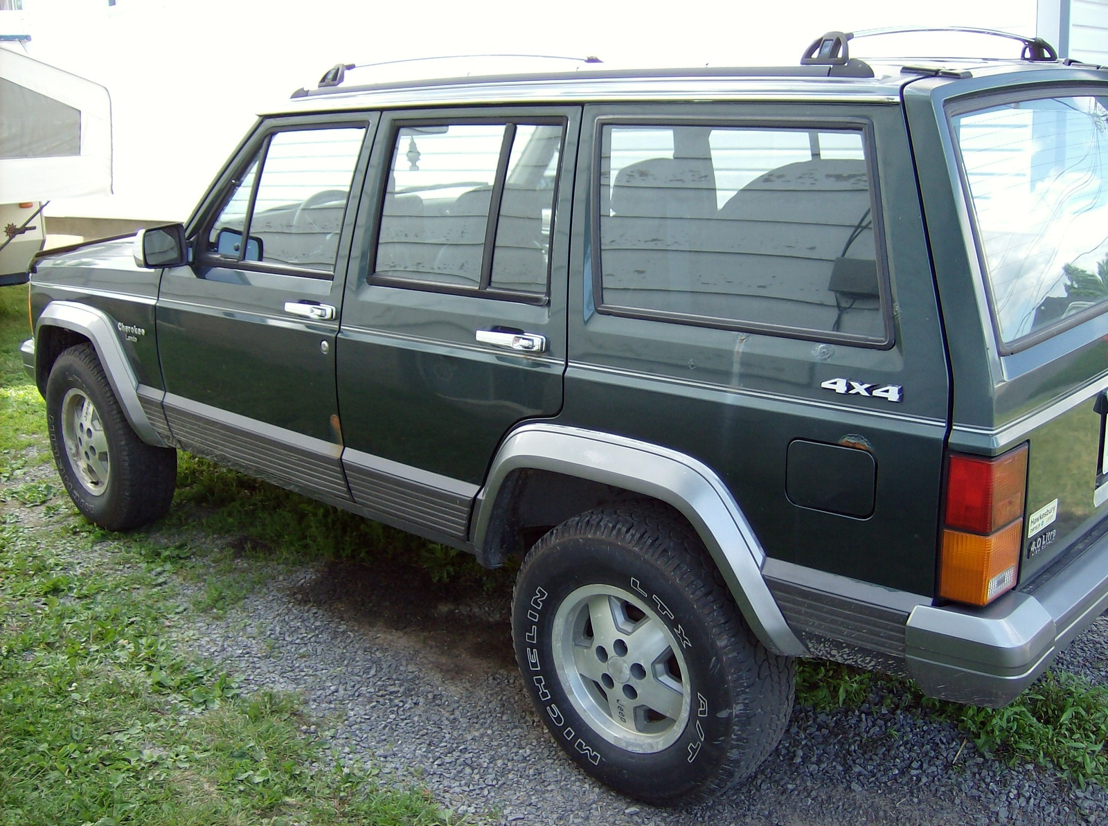 1992 jeep cherokee - information and photos - momentcar