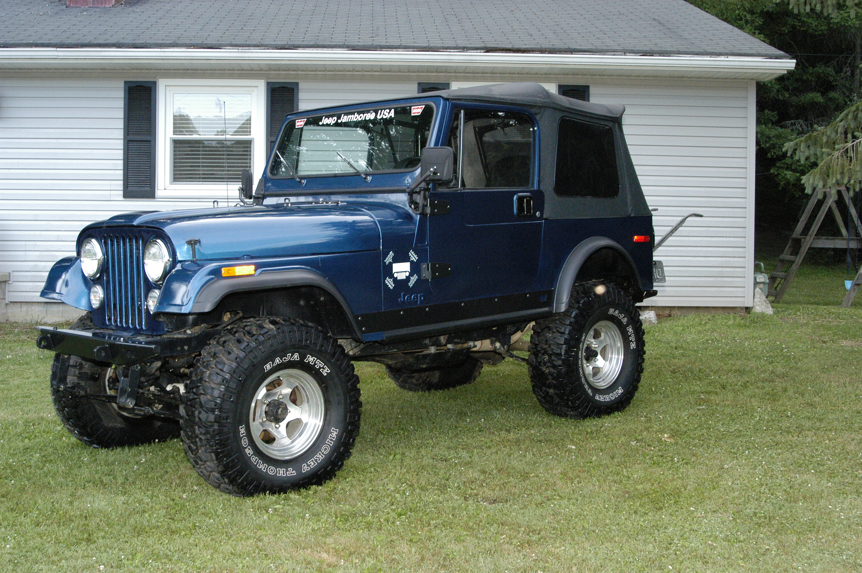 sold window cj item size vehicle april auction new full sale jeep in for renegade