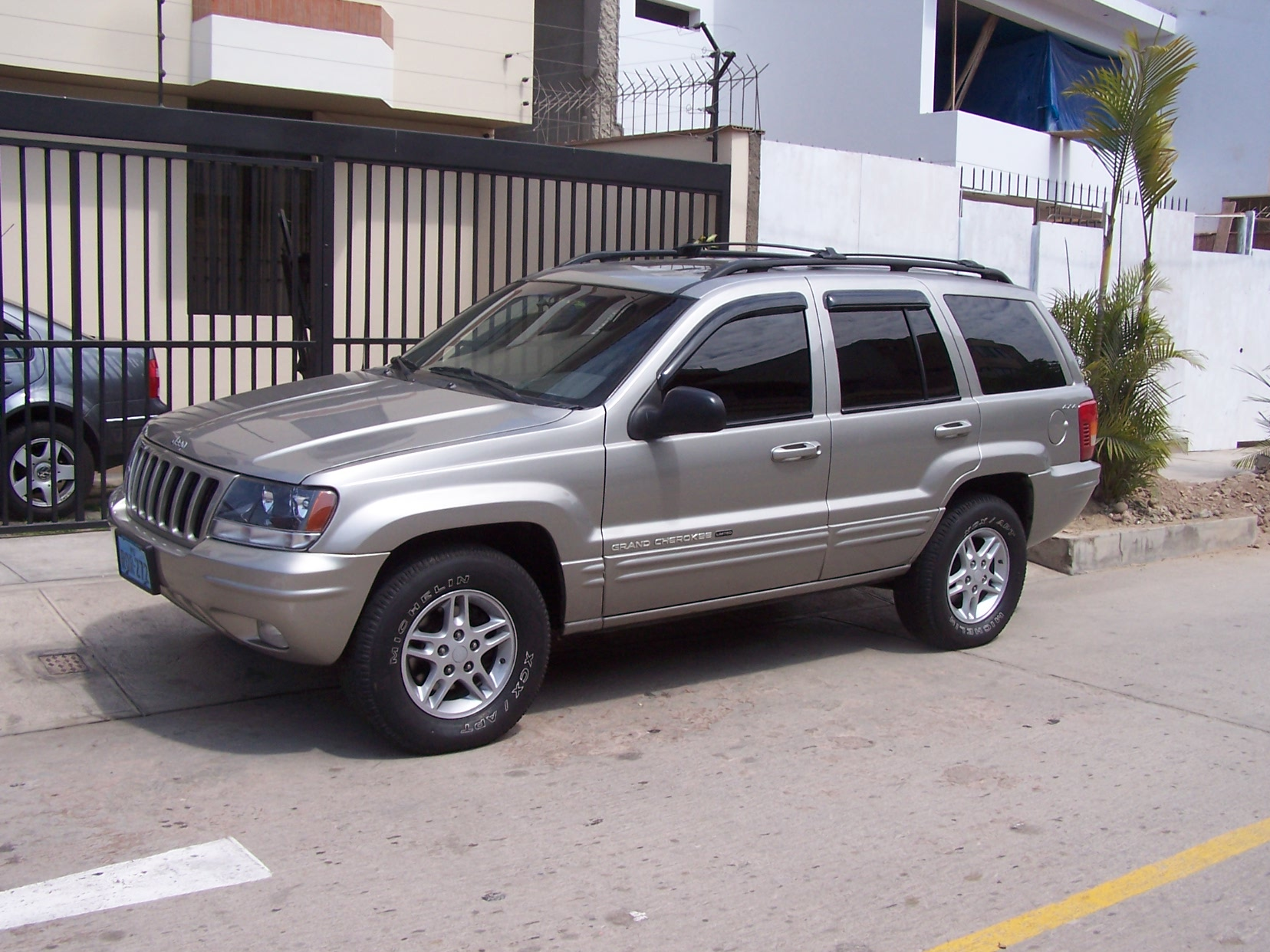 2000 Jeep Grand Cherokee Information And Photos Momentcar