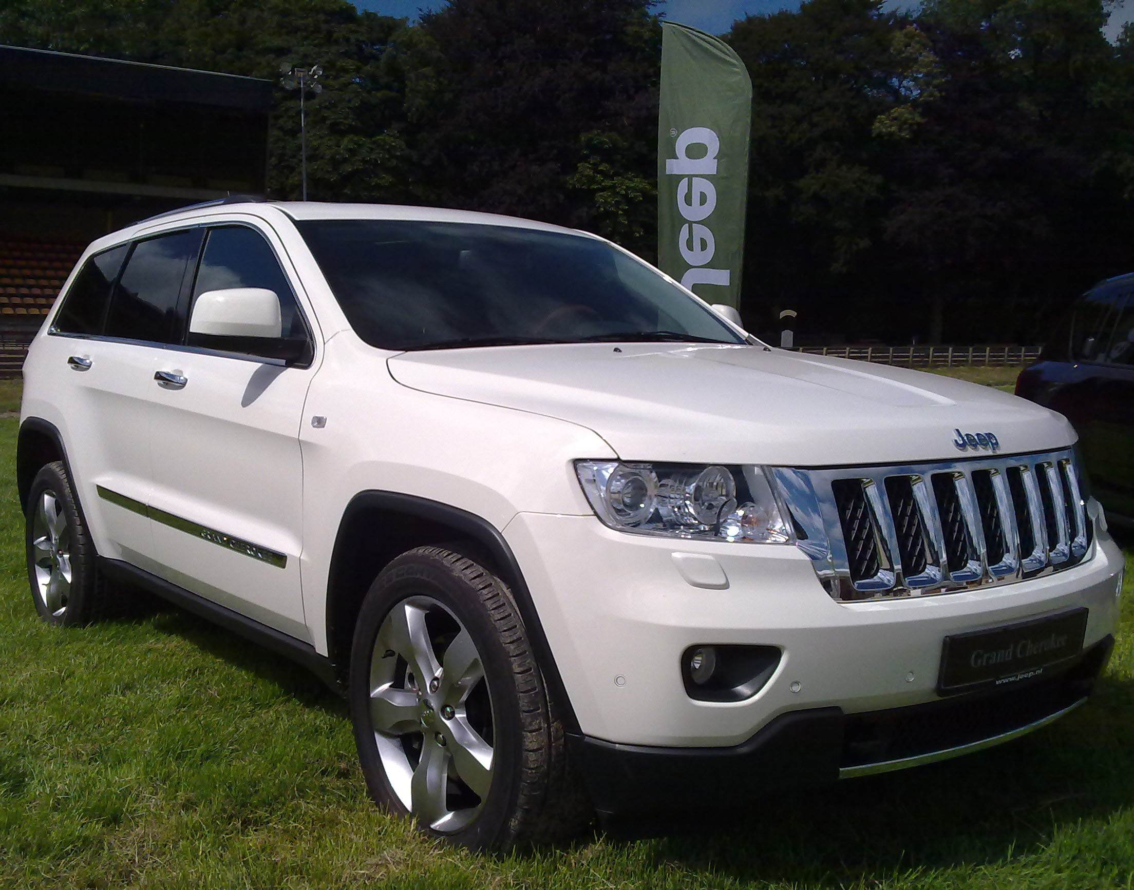 jeep grand cherokee 2011 5. Cars Review. Best American Auto & Cars Review