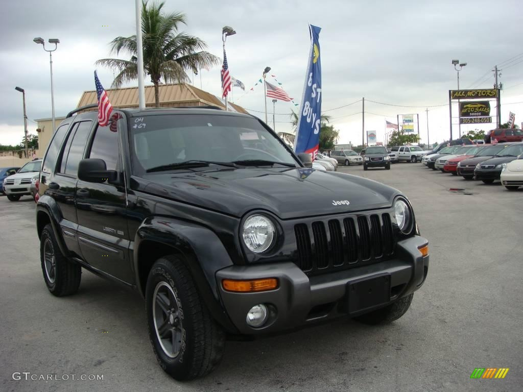 jeep liberty information and photos momentcar. Black Bedroom Furniture Sets. Home Design Ideas
