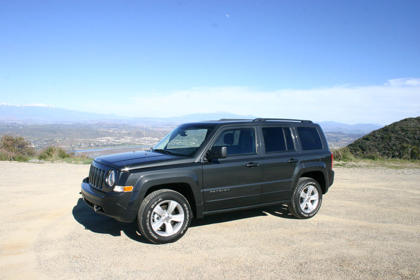 2011 Jeep Patriot - Information and photos - MOMENTcar