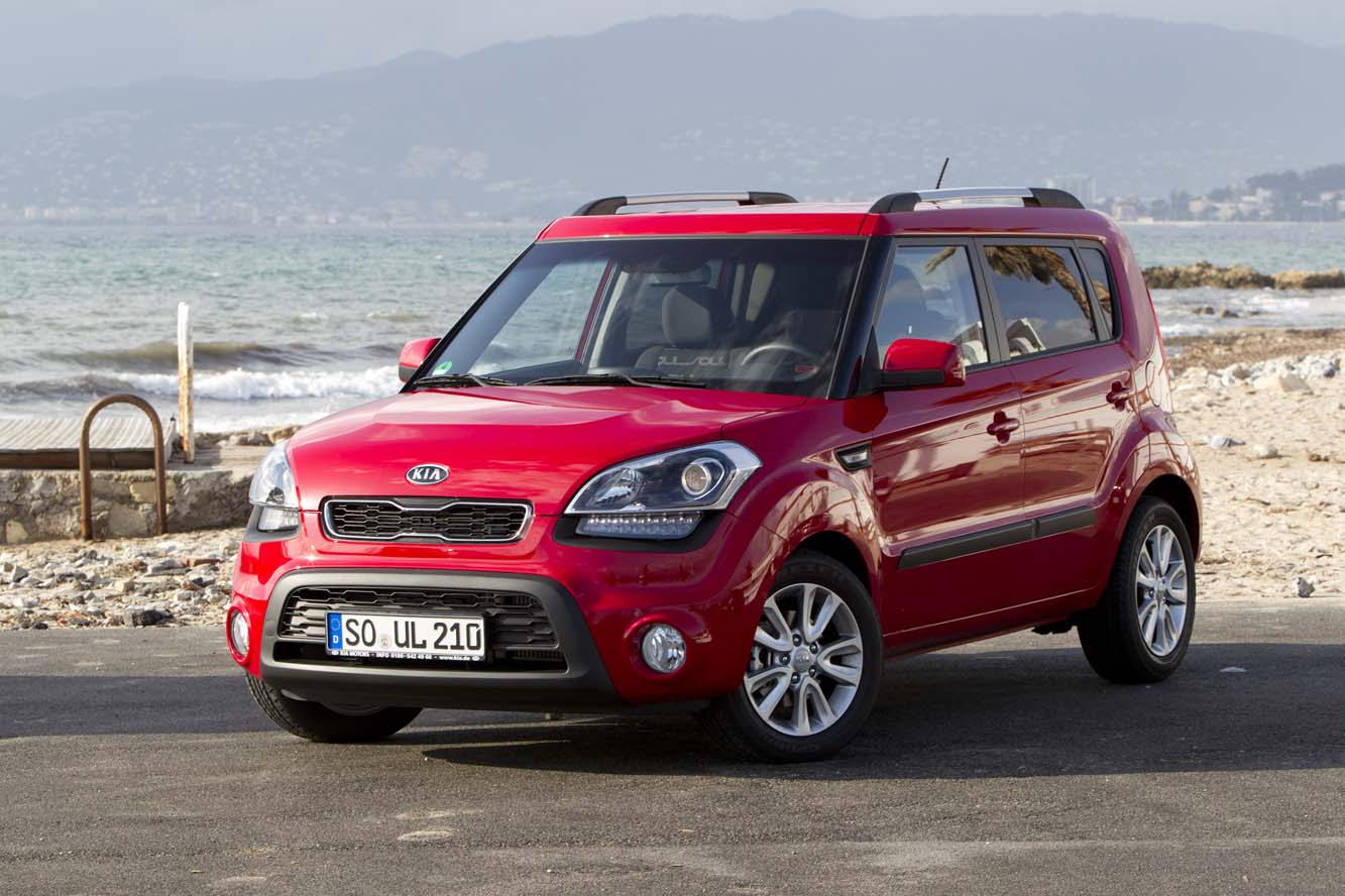 2013 kia soul information and photos momentcar. Black Bedroom Furniture Sets. Home Design Ideas