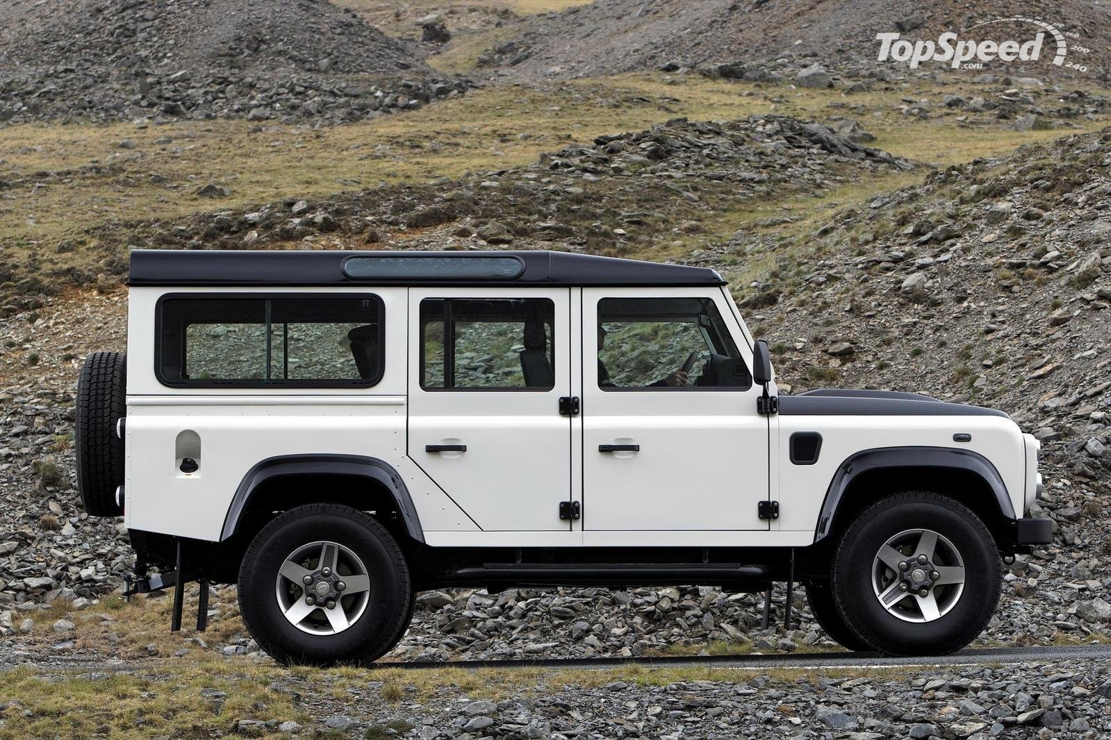 Land Rover Defender #13