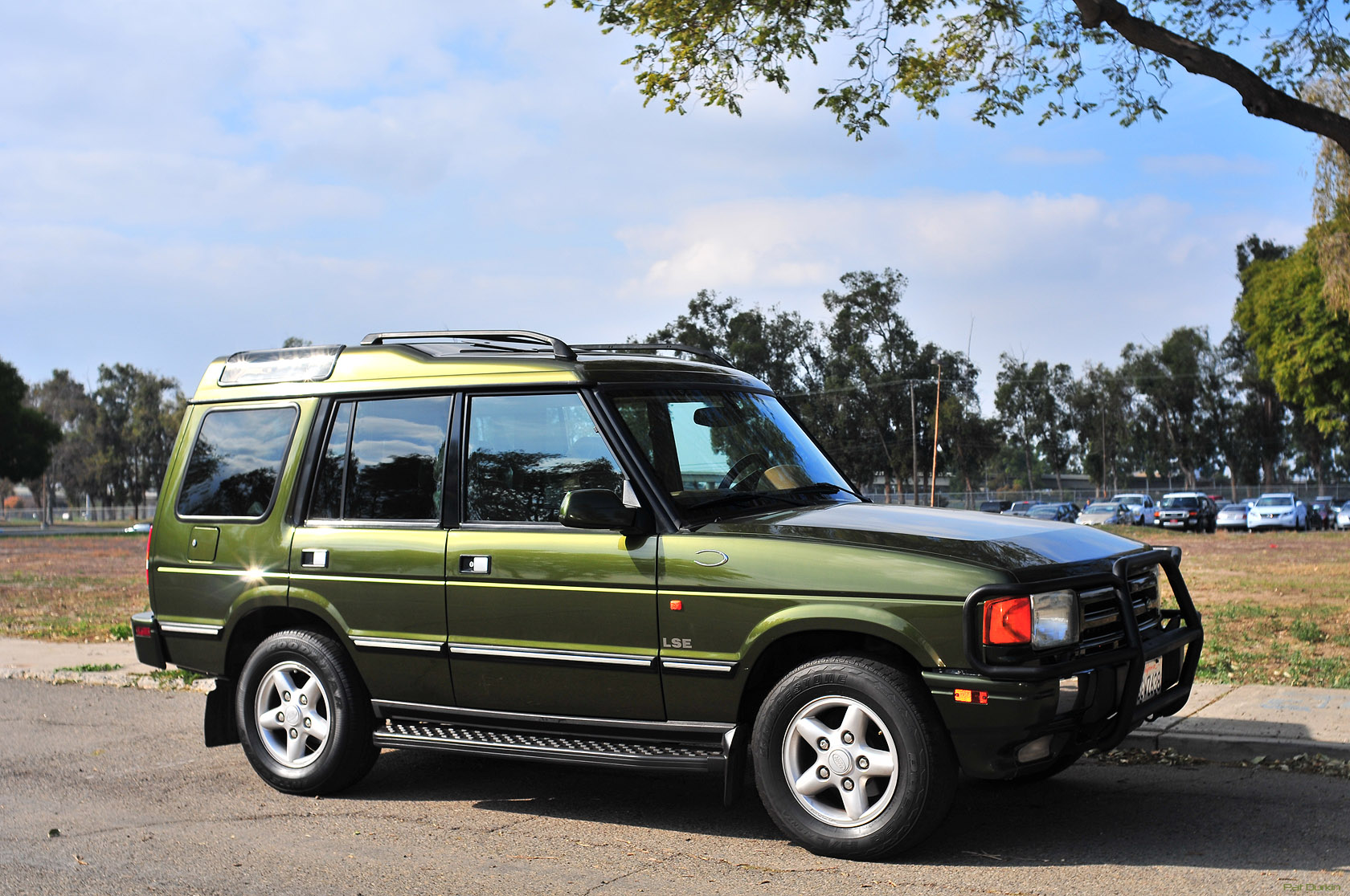 1998 land rover discovery information and photos momentcar. Black Bedroom Furniture Sets. Home Design Ideas
