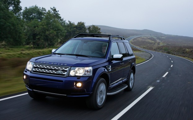 trucks land interior u landrover report photos pictures world s news dashboard cars rover