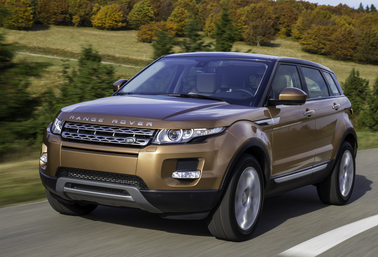 2014 land rover range rover evoque information and photos momentcar. Black Bedroom Furniture Sets. Home Design Ideas