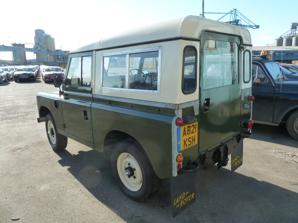 Land Rover Series III #15