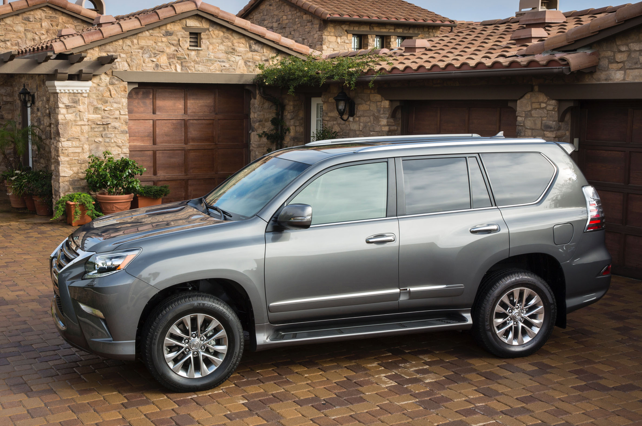2014 lexus gx 460 information and photos momentcar. Black Bedroom Furniture Sets. Home Design Ideas
