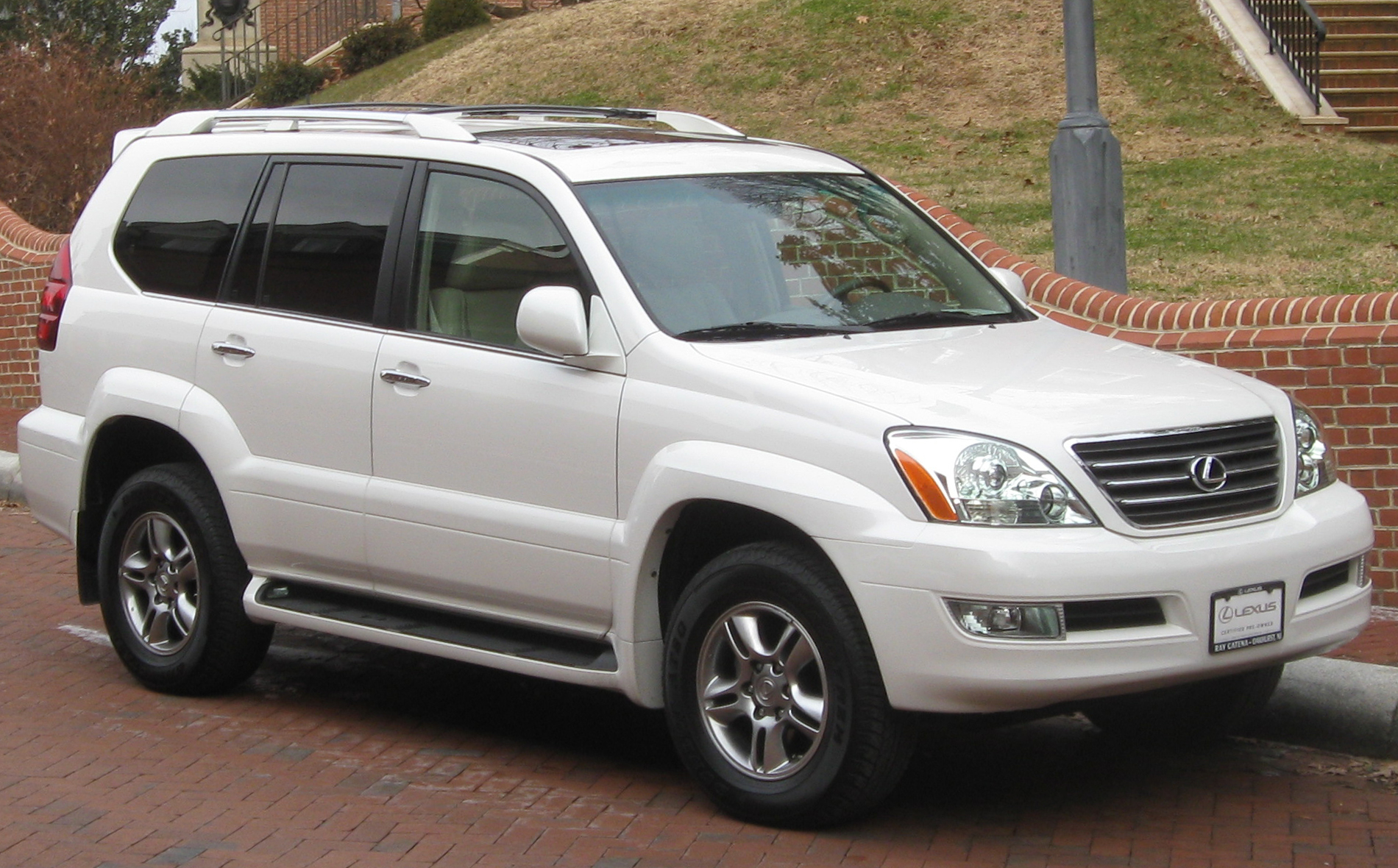 White Lifted Jeep >> 2003 Lexus GX 470 - Information and photos - MOMENTcar