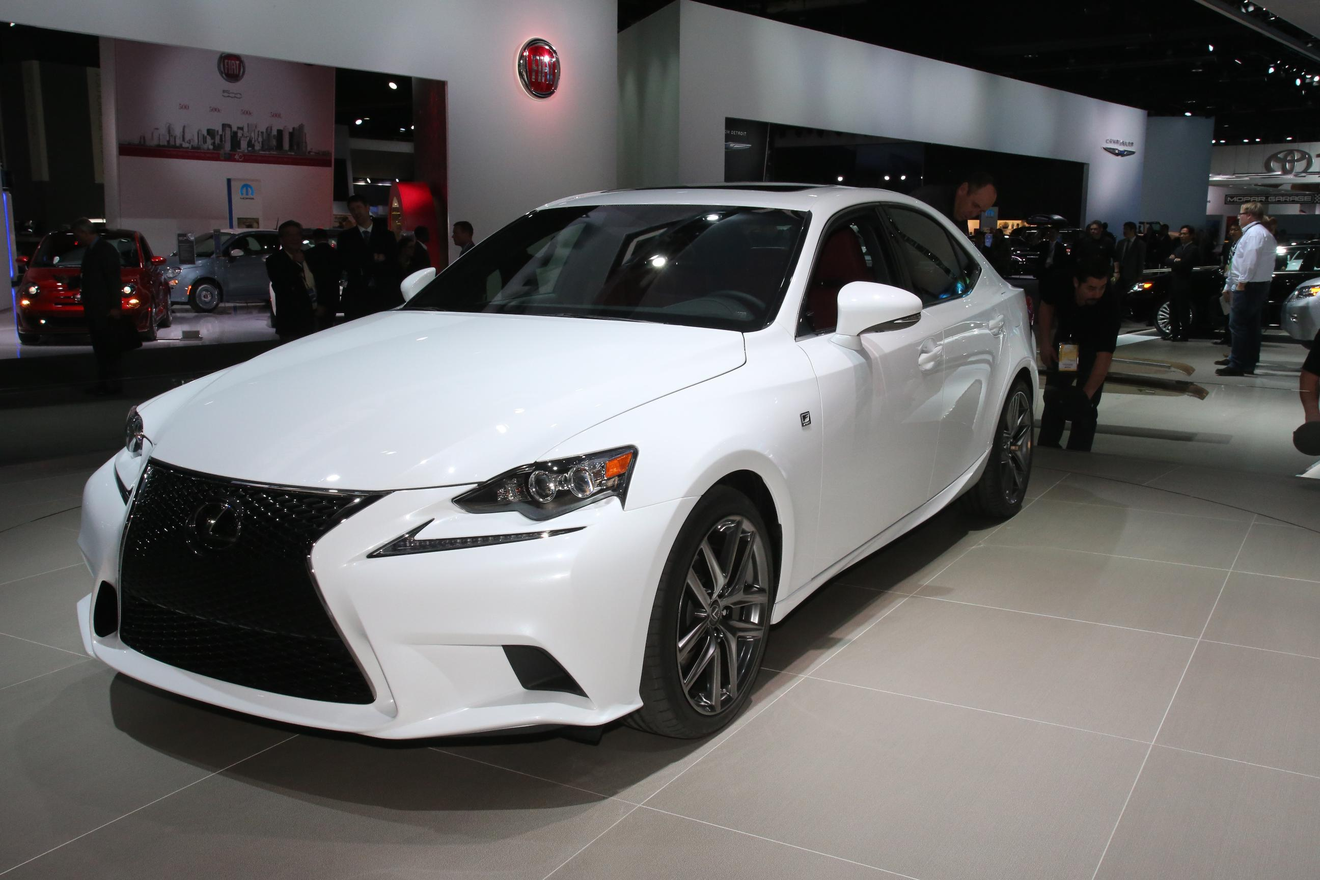 2013 lexus is 350 information and photos momentcar. Black Bedroom Furniture Sets. Home Design Ideas