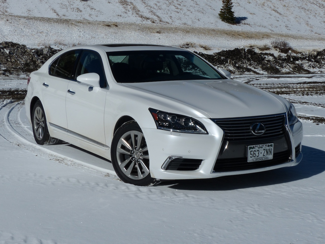 2014 lexus ls 460 information and photos momentcar. Black Bedroom Furniture Sets. Home Design Ideas