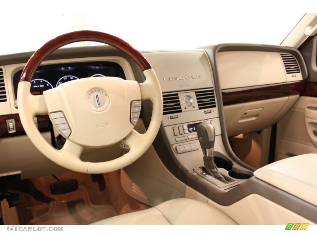 2004 lincoln aviator information and photos momentcar. Black Bedroom Furniture Sets. Home Design Ideas