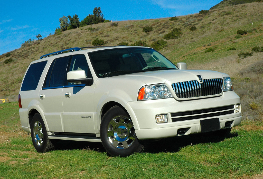 2005 Lincoln Aviator - Information and photos - MOMENTcar