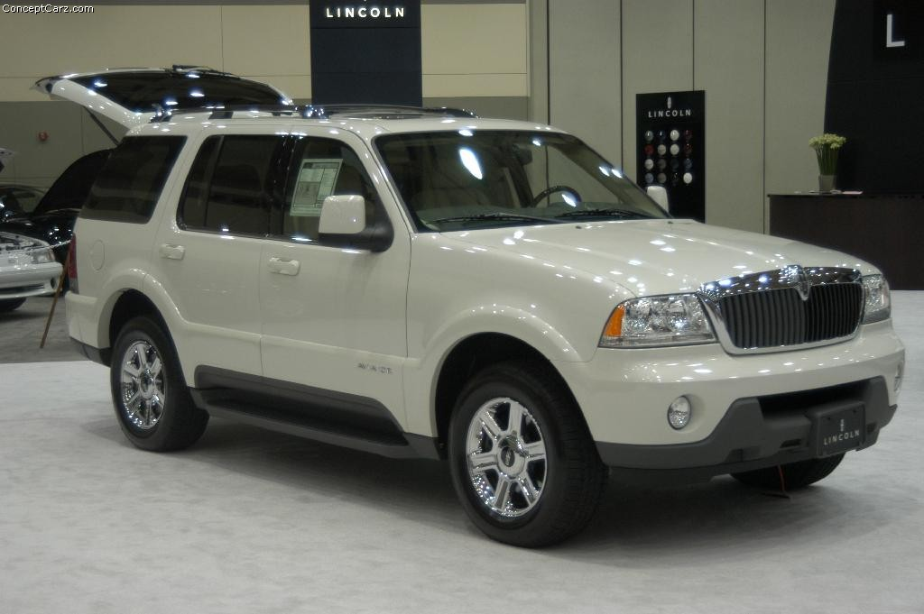 Lincoln Aviator #6