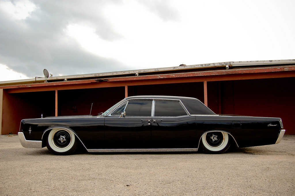 1966 Lincoln Continental - Information and photos - MOTcar