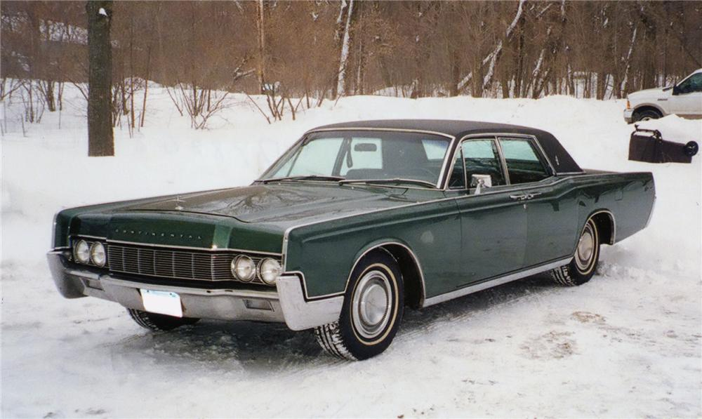 1967 Lincoln Continental - Information and photos - MOMENTcar