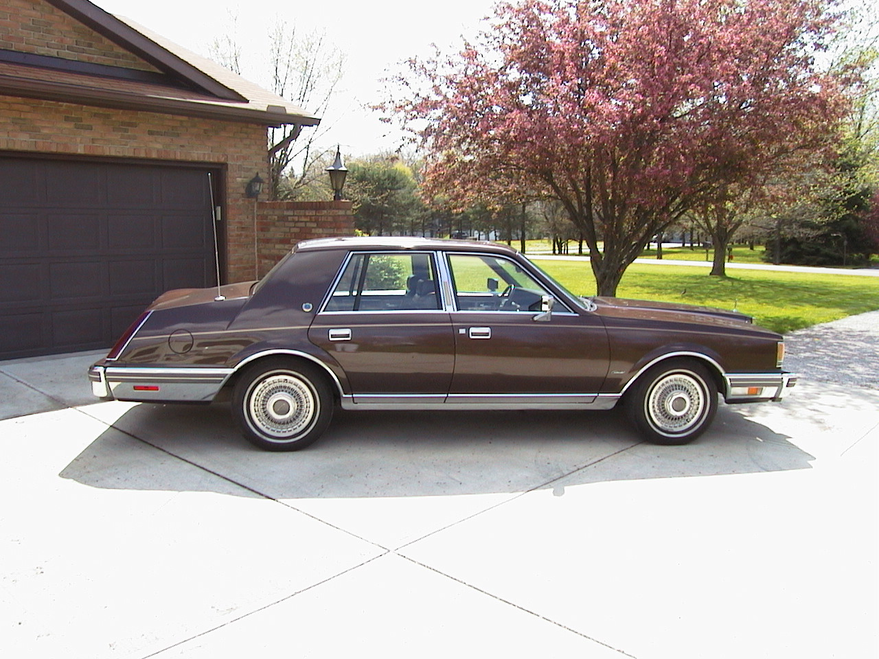 1983 Lincoln Continental - Information and photos - MOTcar