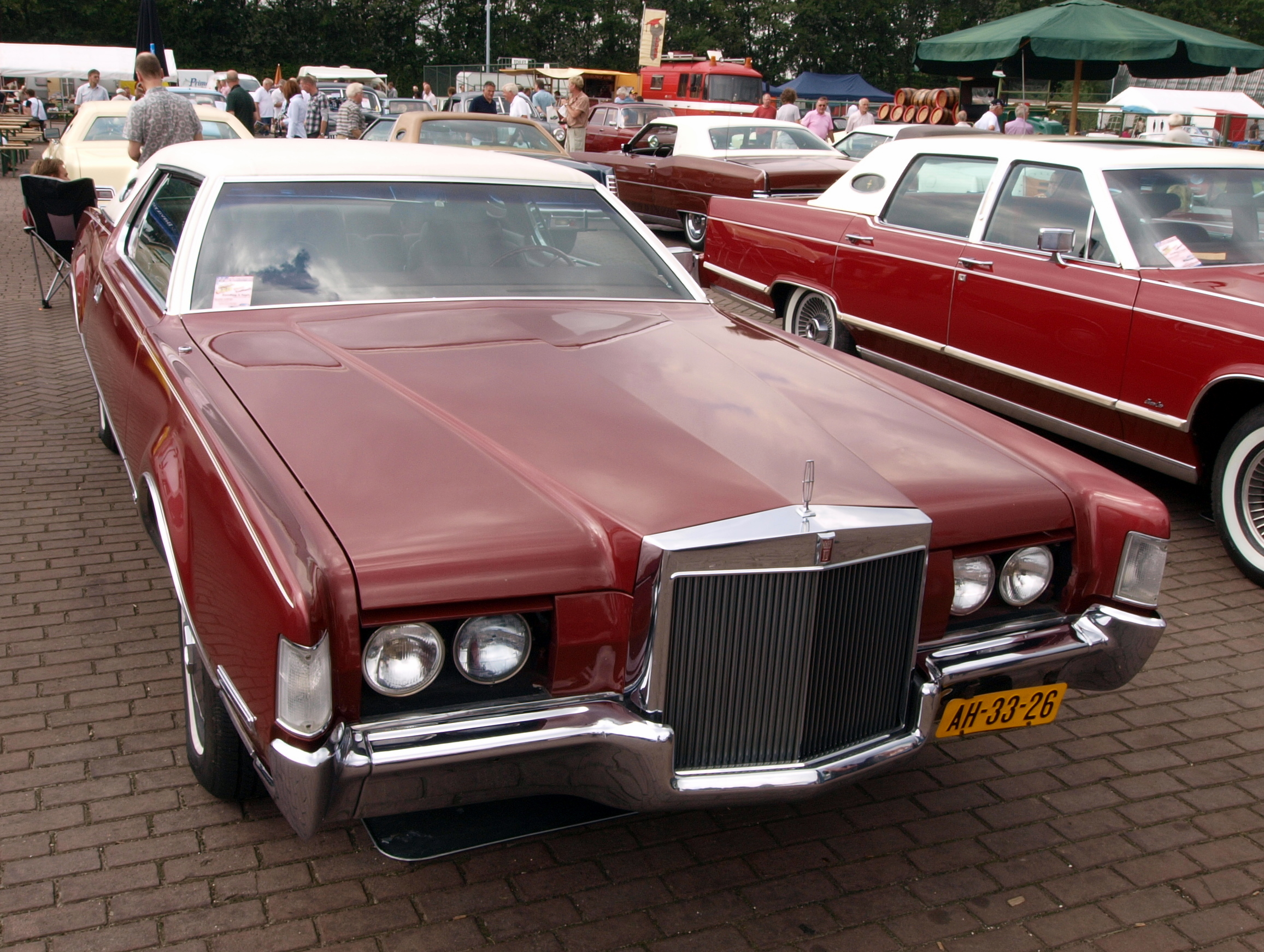 Lincoln Continental Mk IV #9