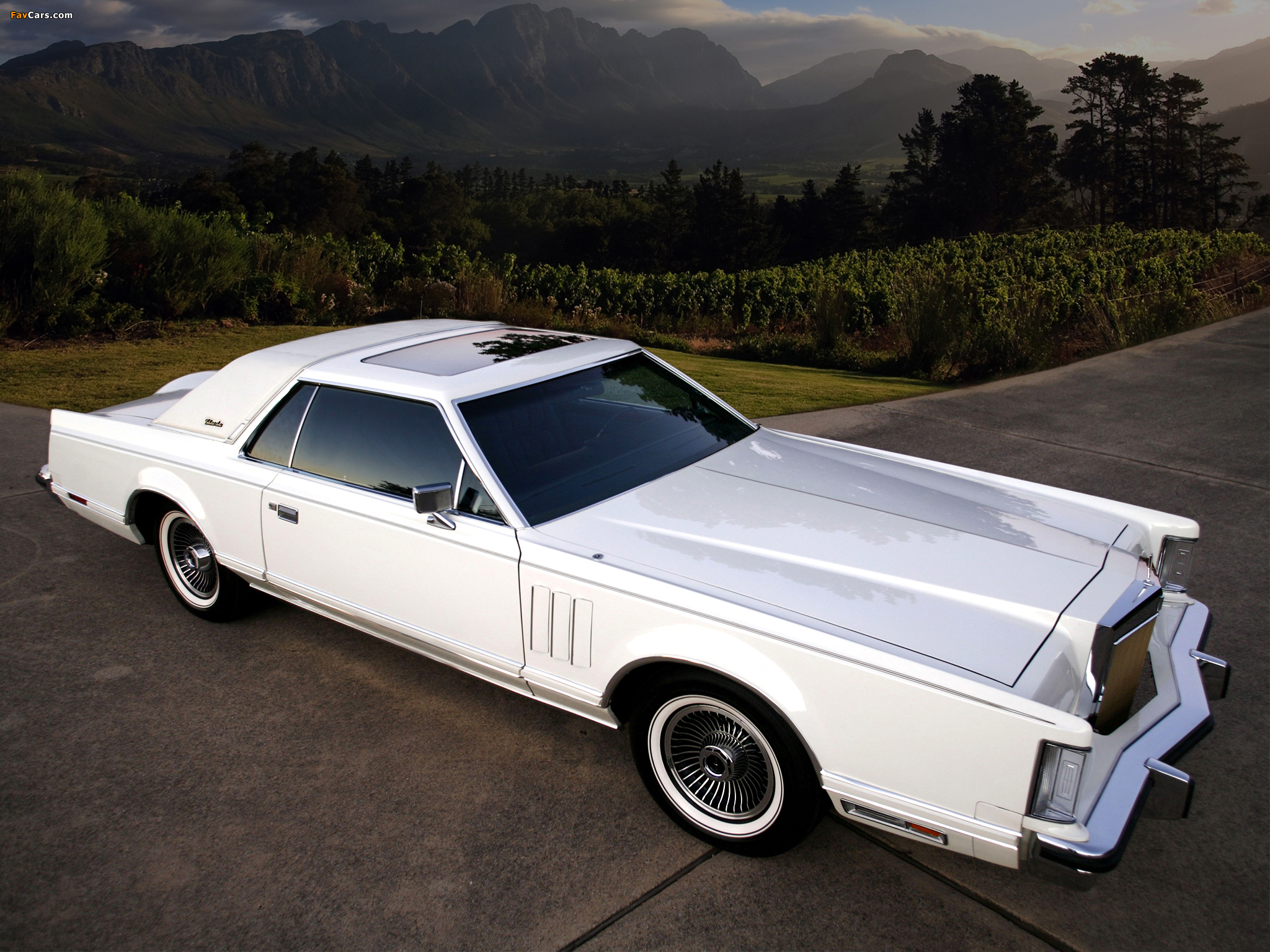 1977 lincoln mark v - information and photos