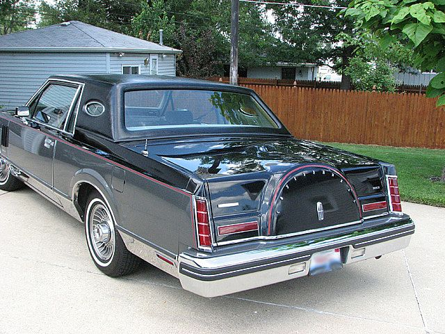 1982 lincoln mark vi information and photos momentcar. Black Bedroom Furniture Sets. Home Design Ideas