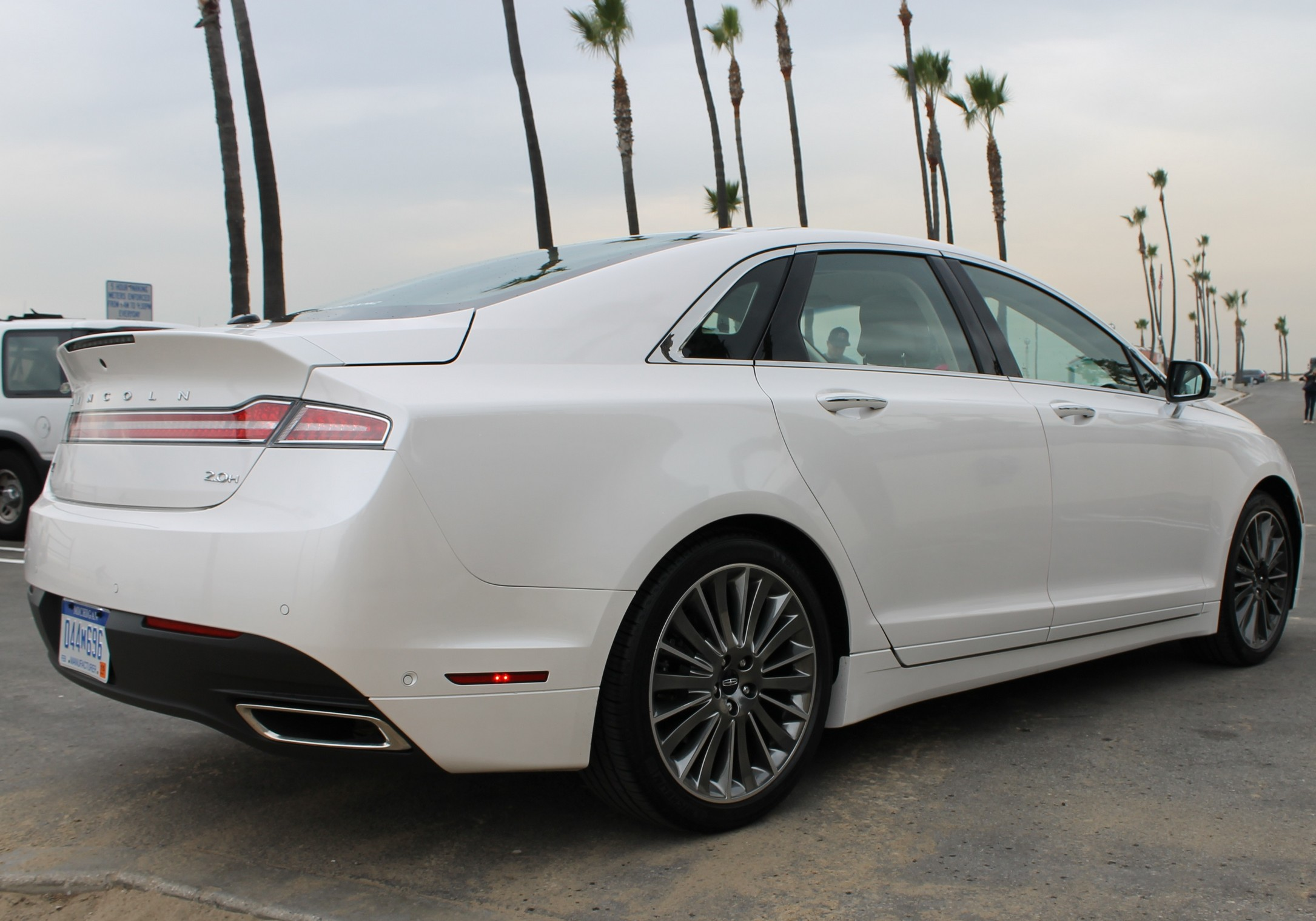 Lincoln MKZ #13