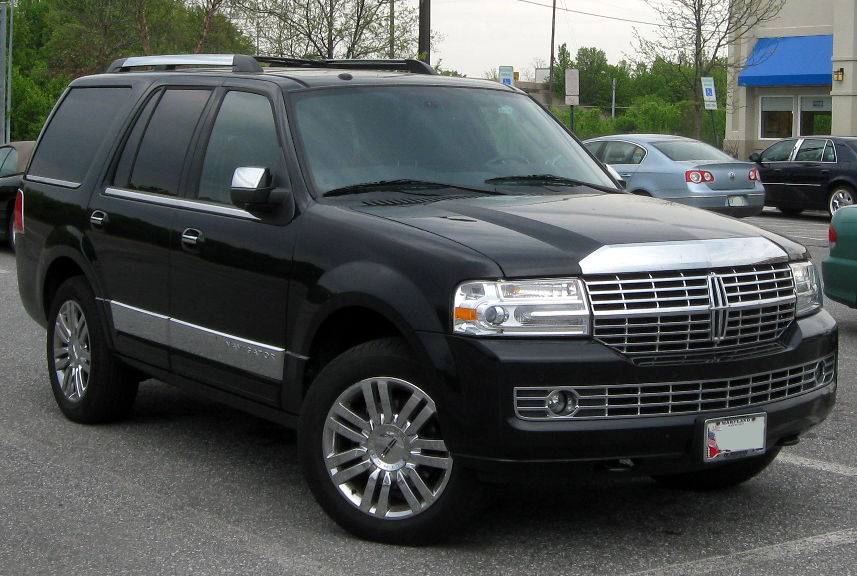 2007 Lincoln Navigator Ultimate - Rants and Raves - Car and Driver