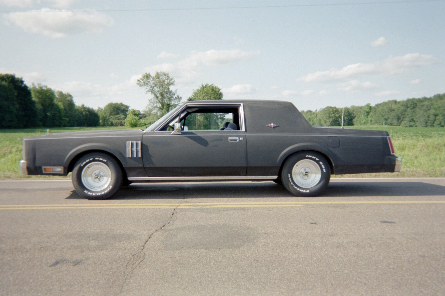 1981 Lincoln Town Car Information And Photos Momentcar
