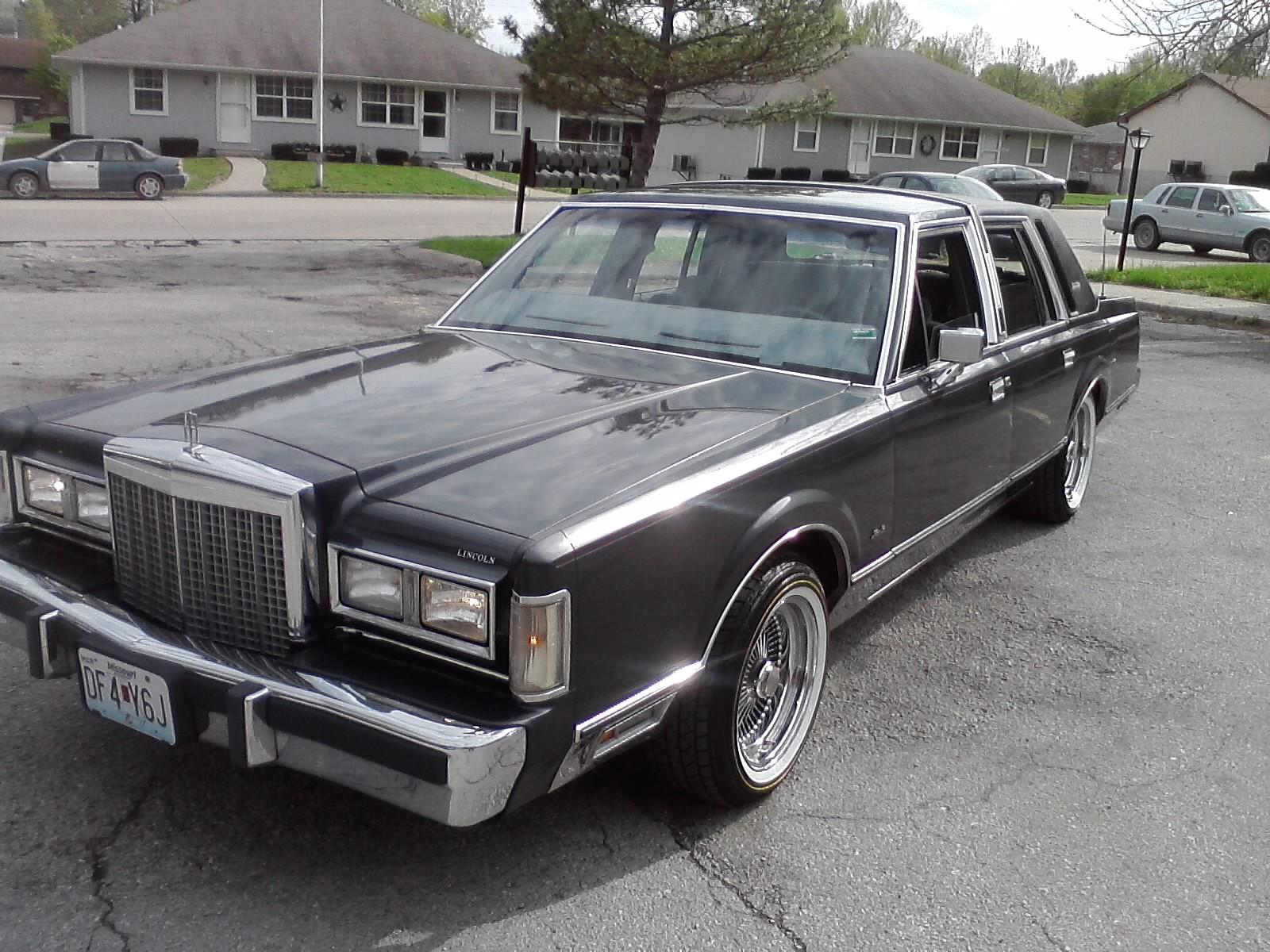 Lincoln Town Car 314px Image 9